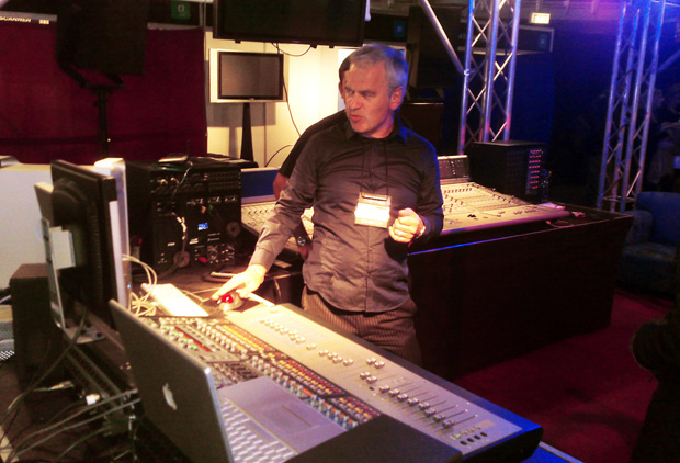 """Robb Allan: """"Don' these amps go any louder?!?"""""""