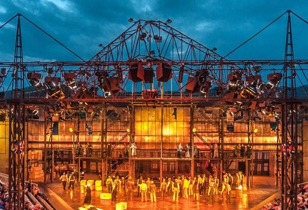 Oper Schenkenberg: Doppelt beschallt klingt besser