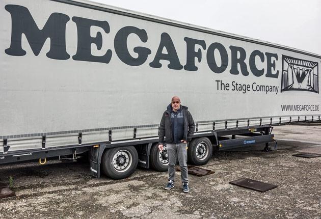 Megaforce – Bei den Bühnenprofis in Weingarten