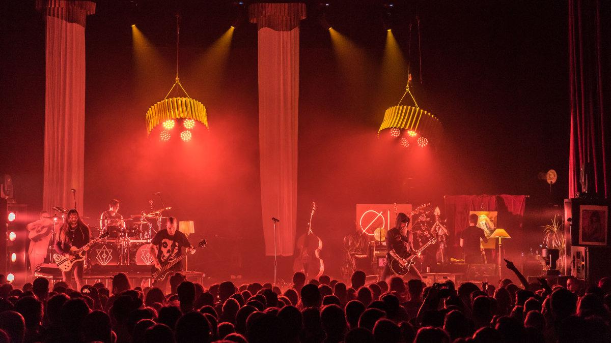 Tom Kubik und sein Live-Sound für In Flames