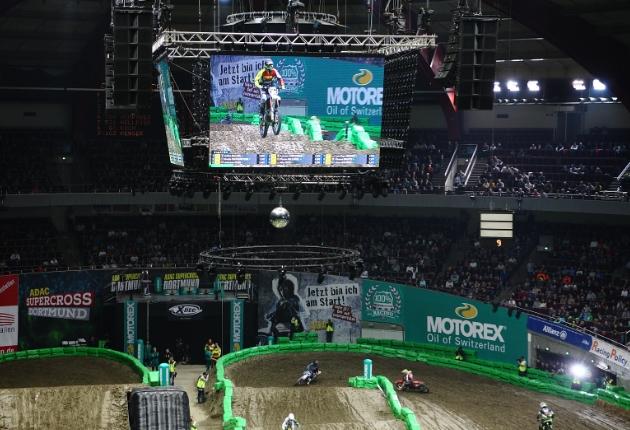ADAC Supercross in der Westfalenhalle gibt Gas mit Innlights