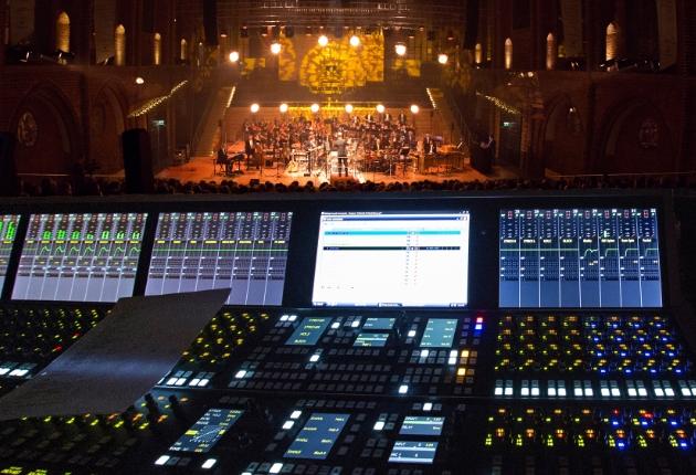 Die Neue Philharmonie Berlin tourt mit Stage Tec CRESCENDO und NEXUS