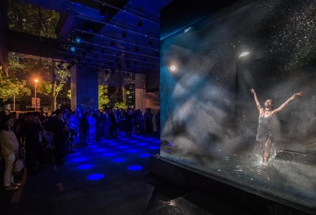 40 GLP X4 atom tauchen die Lobby des Silks Clubs in magisches Licht
