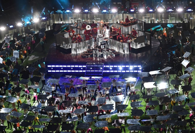 Über 250 Lampen von GLP für Justin Timberlake beim NFL Superbowl