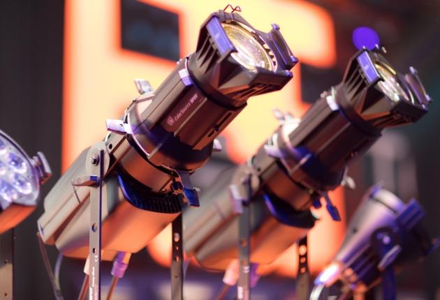 Prolight + Sound: ETC mit viel Lichtspektakel an drei Ständen