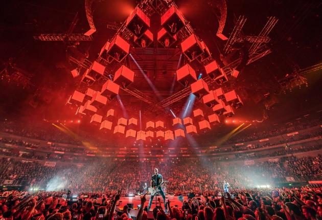 Metallica setzen 16 GLP JDC1 Hybridstrobes auf der WorldWired Tour ein