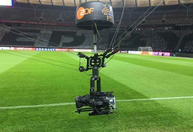 ZDF setzt erstmals Robycam Seilkamerasystem beim Fußball ein