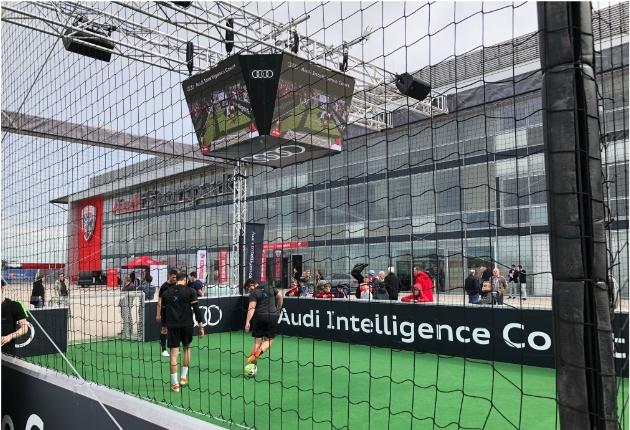 LEDium und Global Truss touren mit dem  Audi Intelligence Court durch Deutschland