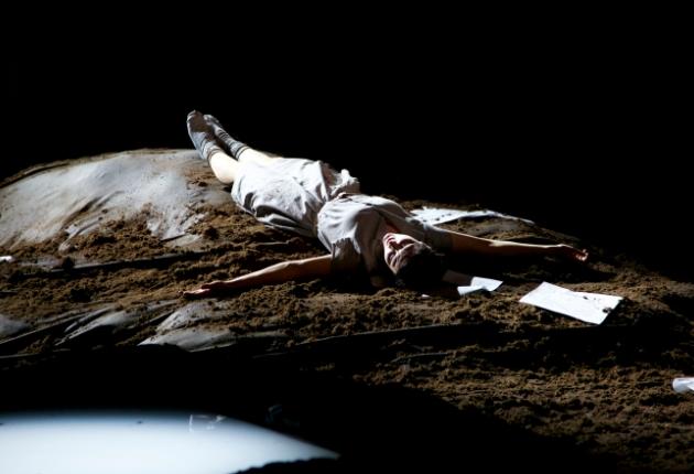 Claypaky und Martin beleuchten die Weiße Rose im Gärtnerplatztheater München