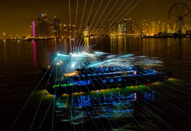tarm Showlaser inszeniert atemberaubende Laserperformance für Mercedes-Benz in Dubai