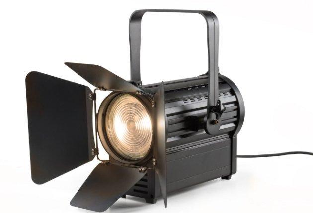 Stufenlinsenscheinwerfer BPL F8 Fresnel ist bei Focon Showtechnic erhältlich