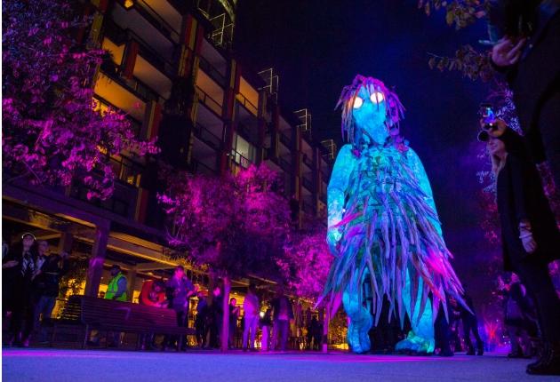 Mandylights schafft mit dem Christie Widget Designer das Multimedia-Erlebnis Liminal Hour