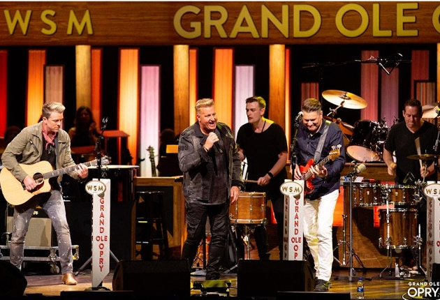 Bandit Lites installiert im Grand Ole Opry Nashville HES SolaFrame 2000