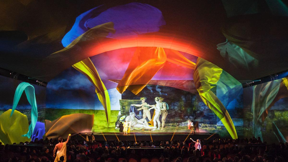 Behind the Scenes von Giudizio Universale: Alles über die Projektions- und Lichttechnik