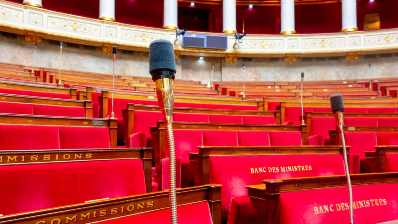 Die Französische Nationalversammlung setzt auf das MediorNet von Riedel