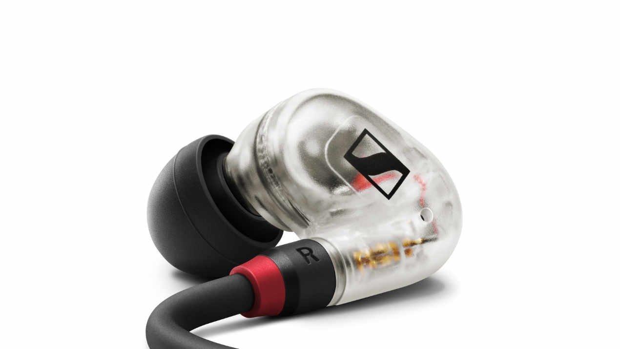 Sennheiser stellt mit dem IE 40 PRO das erste Modell einer neuen In-Ear-Serie vor