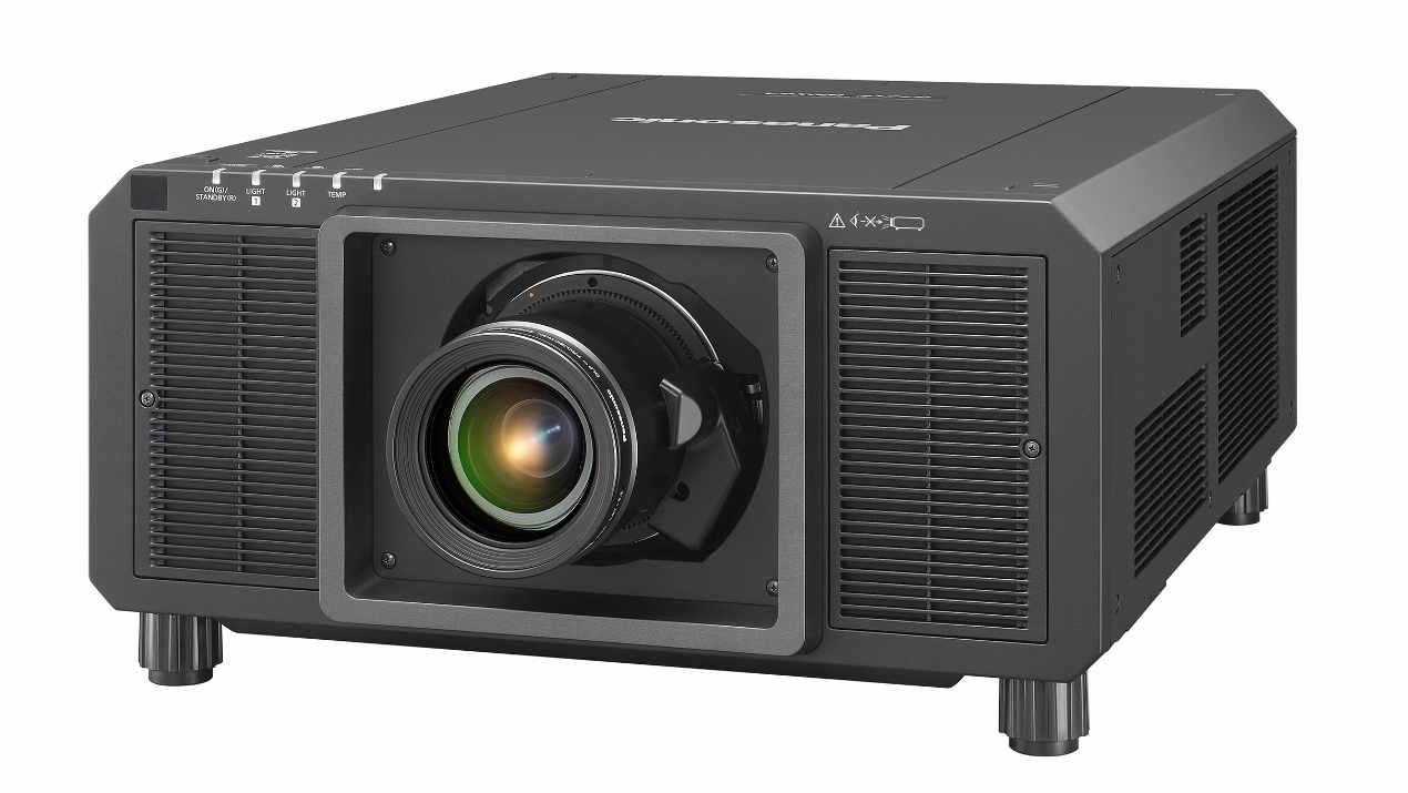 vision tools investiert in 3-Chip DLP-Projektoren von Panasonic