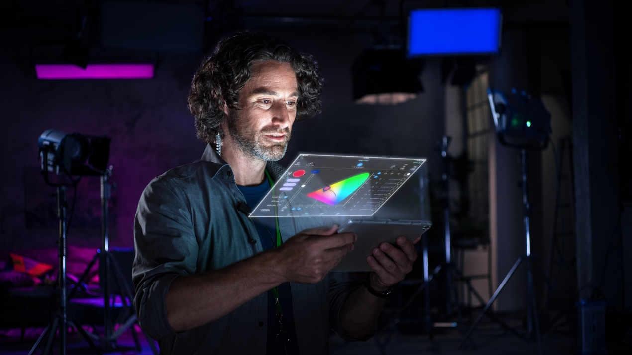 ARRI stellt auf der IBC die Lichtsteuerungs-App Stellar vor