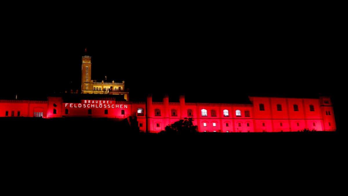 Nova Event illuminiert die Feldschlösschenbrauerei mit Ehrgeiz