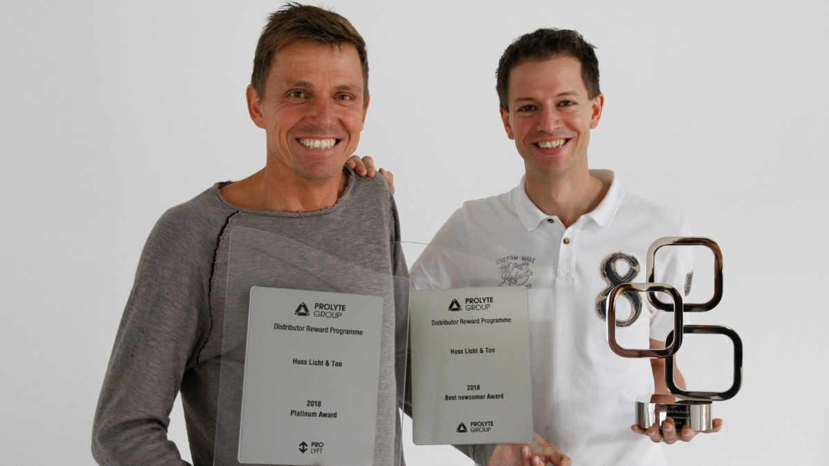 Huss Licht & Ton räumt bei Preisverleihungen von Prolyte und Blackmagic Design ab
