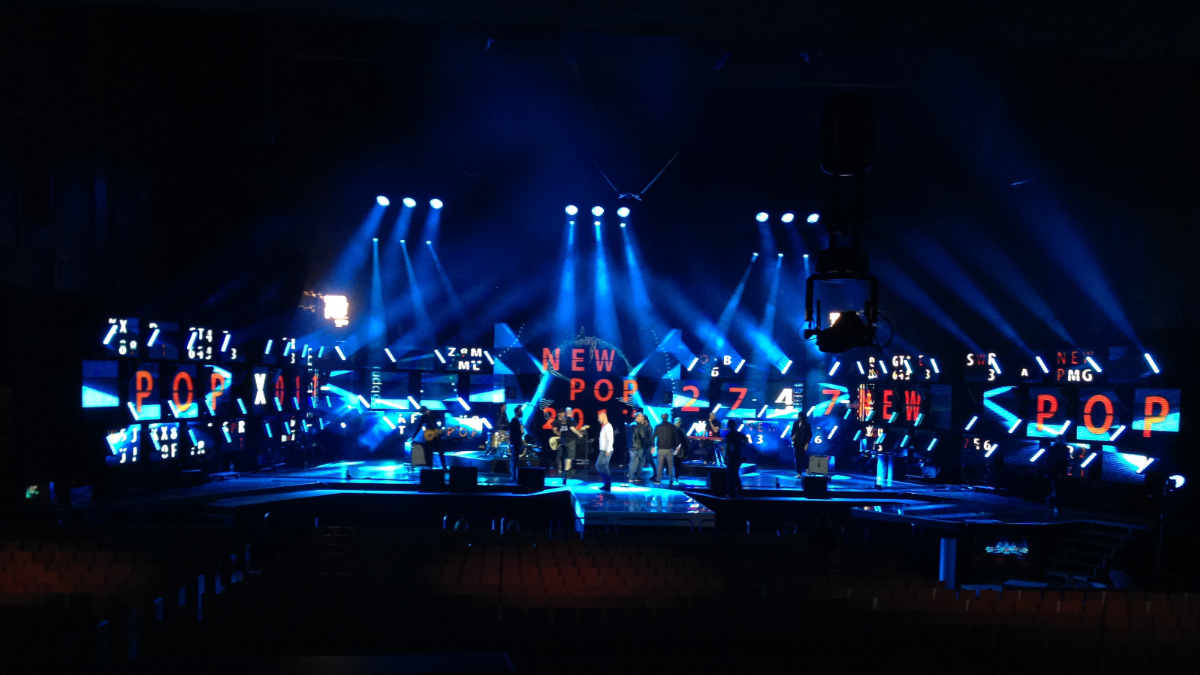 Teddy Goetz setzt auf den JB-Lighting Varyscan P18 beim SWR3 New Pop Festival