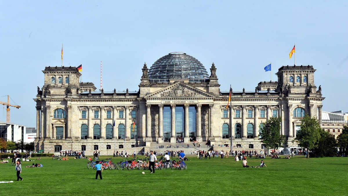 Stage Tec NEXUS sorgt für perfekte Beschallung im Bundestag