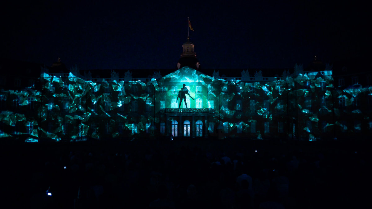 Maxin10sity mit spektakulären Projection Mapping I'MMORTAL in Karlsruhe