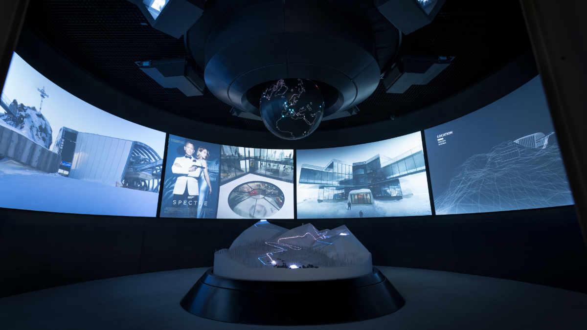 AV Stumpfl Leinwandtechnologie für 007 ELEMENTS Experience