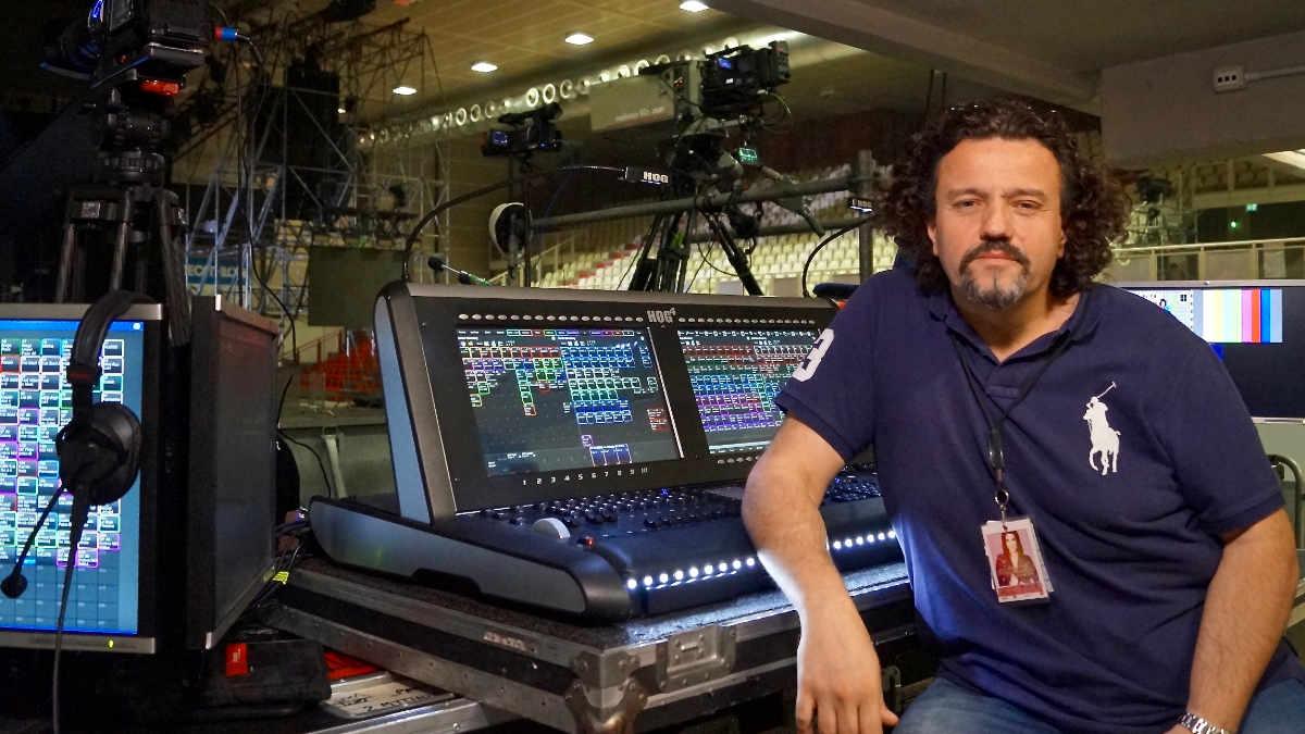 Lichtdesigner Francesco De Cave setzt bei Laura Pausini-Welttour auf Hog 4