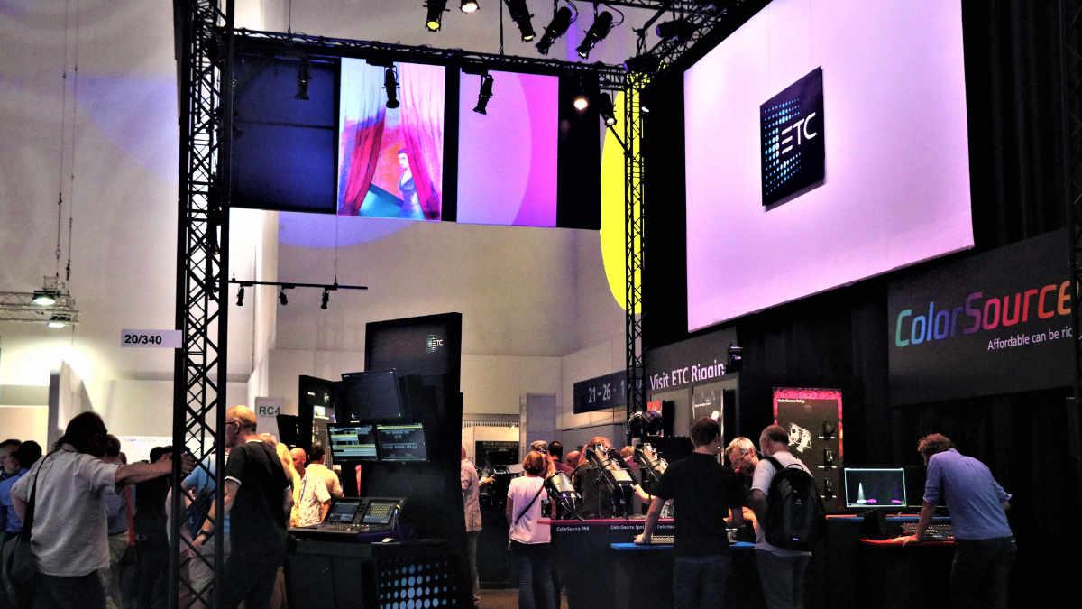 ETC auf der Stage|Set|Scenery