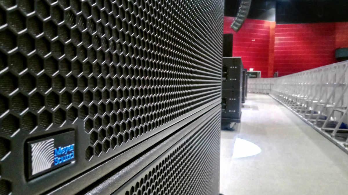 FRONTSOUND investiert in Systeme von Meyer Sound