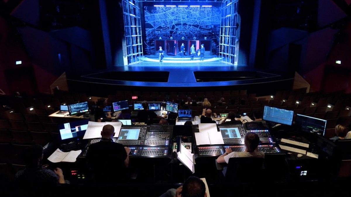 Sennheiser auf der Stage|Set|Scenery