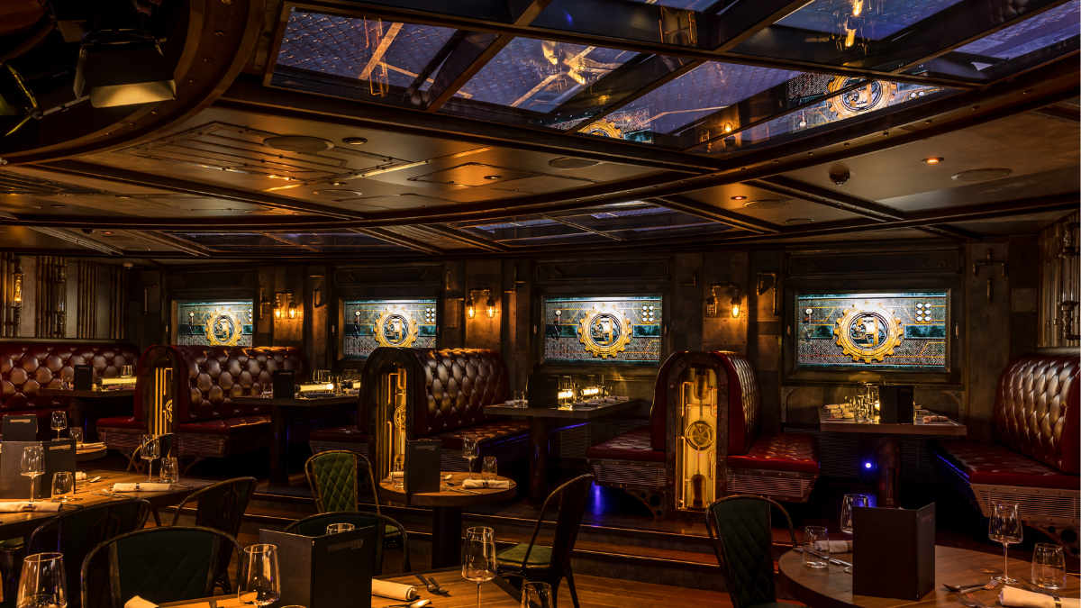 ASC stattet das Time Machine Restaurant auf der AIDAnova  aus