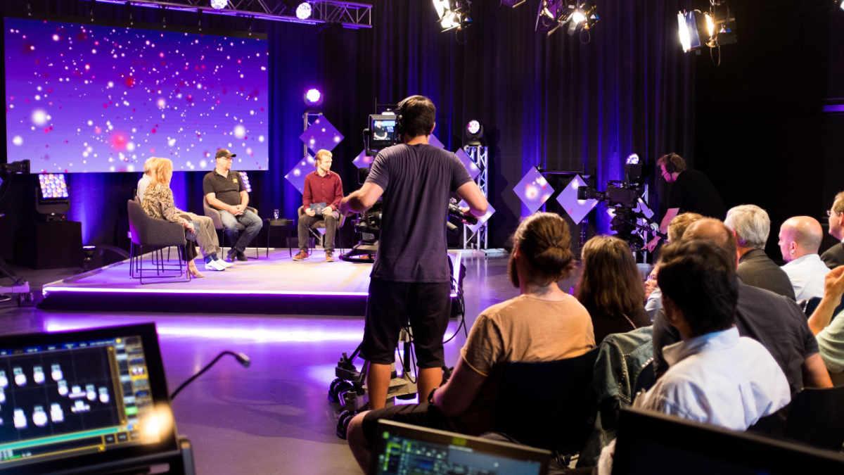Green Hippo unterstützt TV-Show AM 40 der HdM Stuttgart