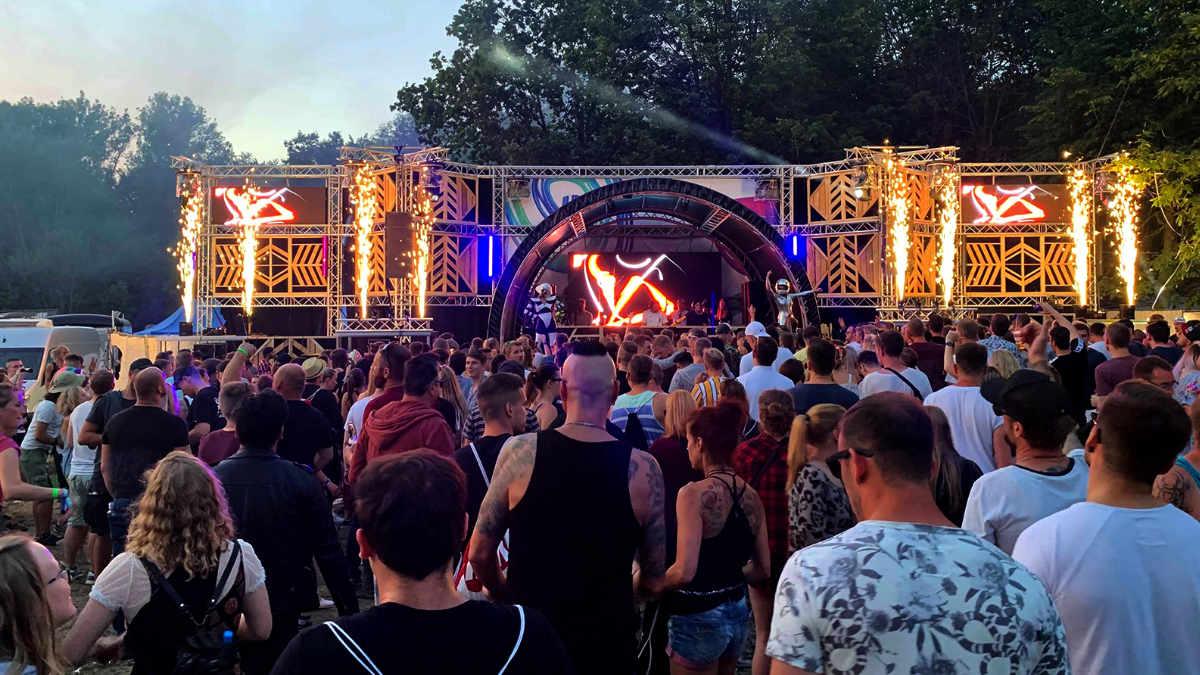 EVTmedia sorgt für DJ Power  beim James Wood Festival