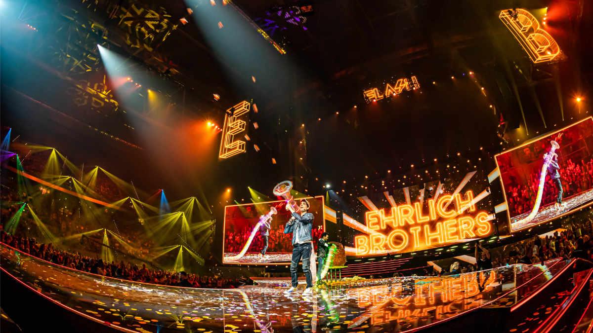 Stageco unterstützte Weltrekord-Show der Ehrlich Brothers