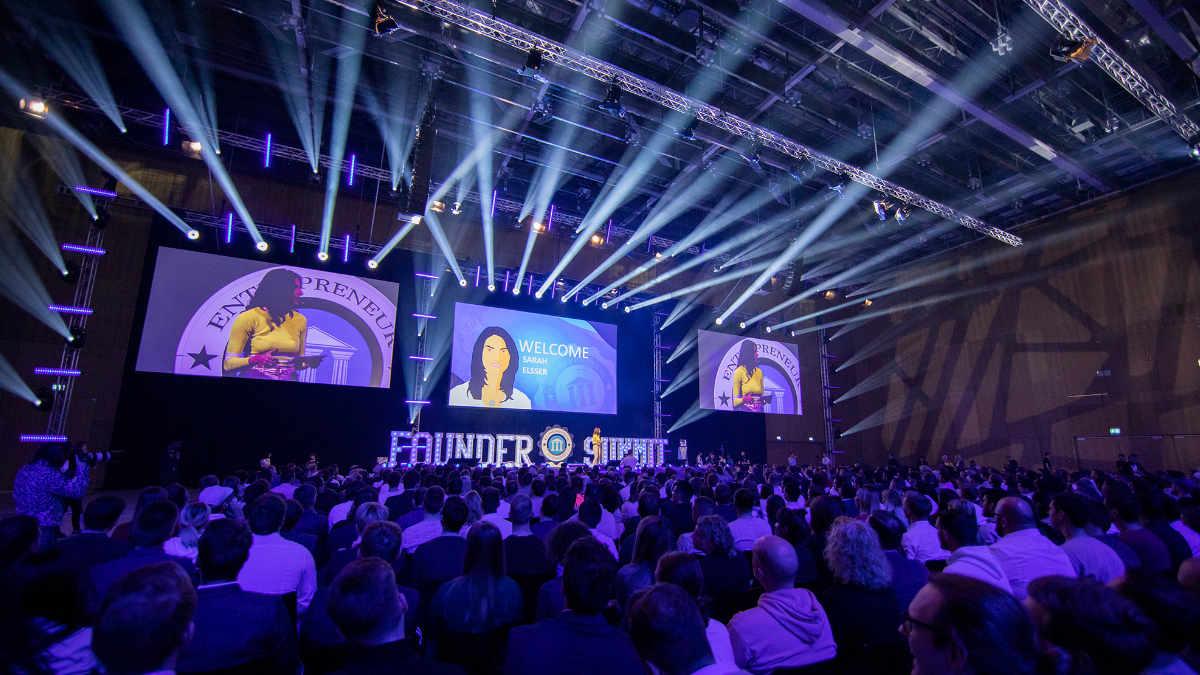 GERDON design setzt den Founder Summit mit Vari-Lite in Szene