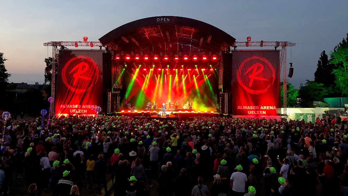 Protones stattet das Open R Festival aus