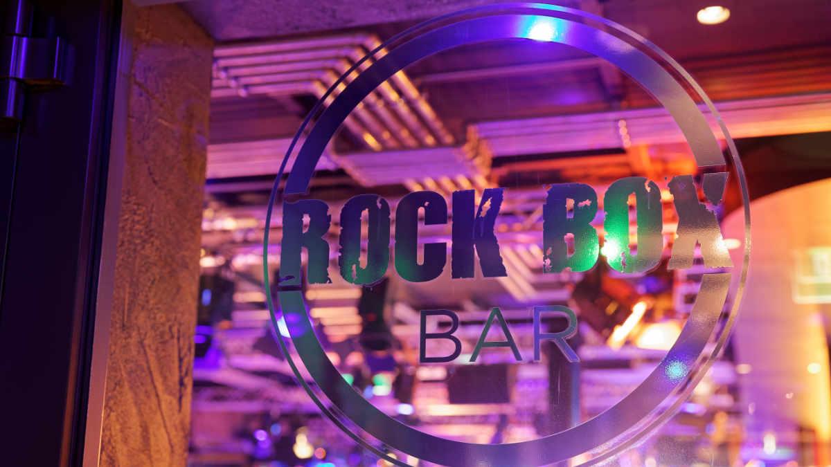 Amptown System Company stattet die Rock Box auf der AIDAnova aus