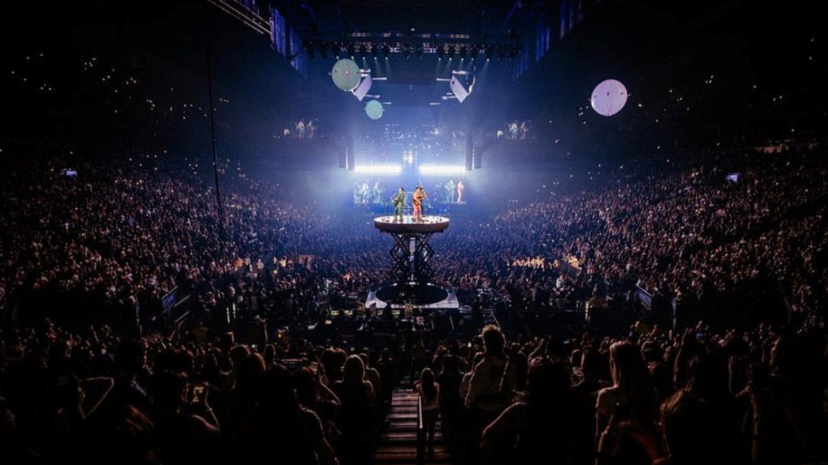 Silent House Productions und Ayrton touren mit Jonas Brothers