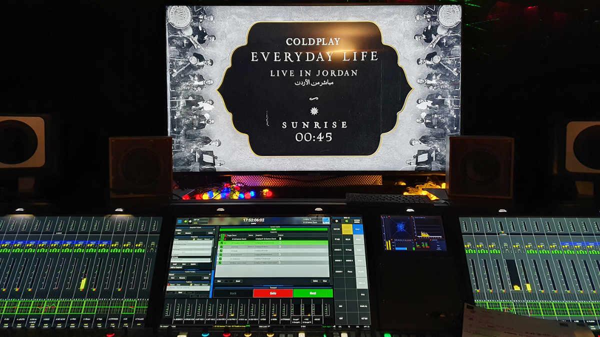 Coldplay vertrauen beim Livestram auf ein Lawo mc²56 Pult