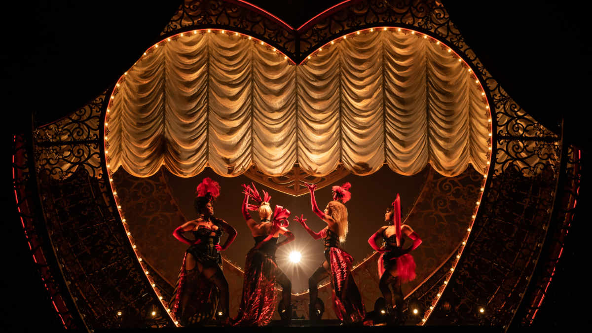 Moulin Rouge! The Musical setzt auf Meyer Sound