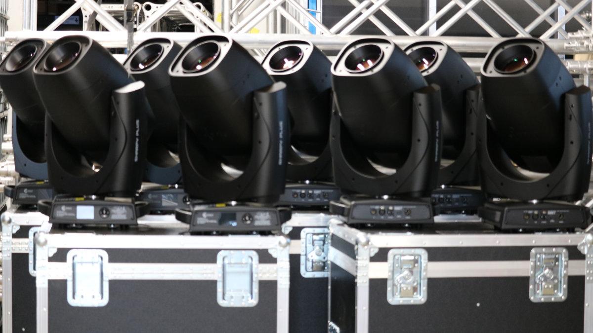 Klangwerk investiert in  Claypaky und RCF