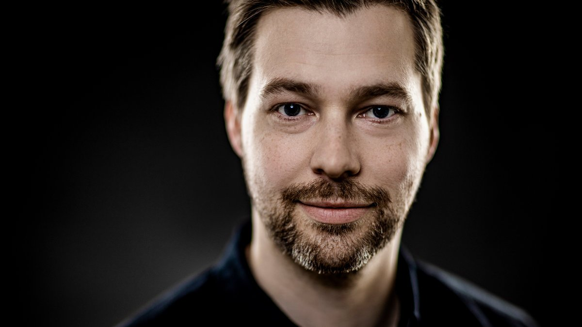 Sebastian Kirsch verstärkt tennagels Medientechnik