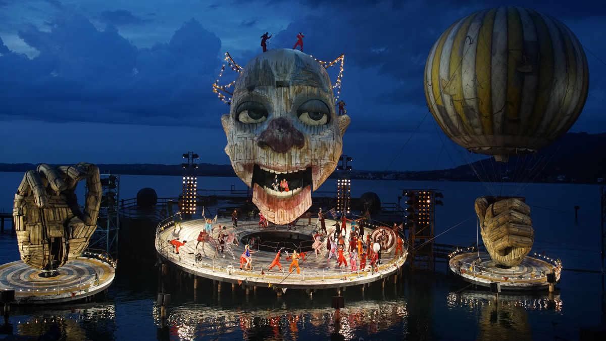Opus für Philipp Stölzl und den Rigoletto auf der Bregenzer Seebühne