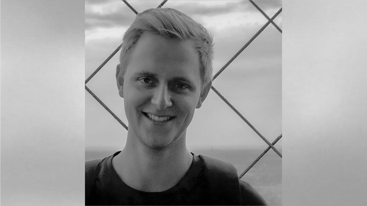 Dustin Müller verstärkt studio : 3