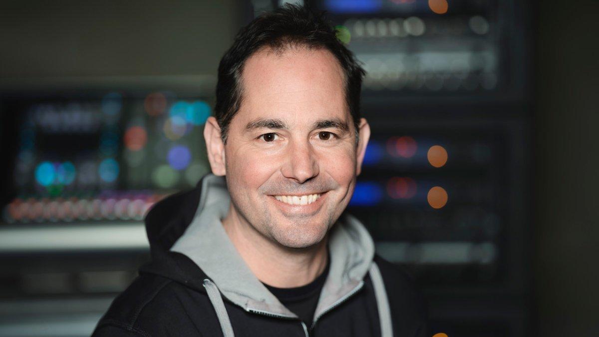 Matthias Dietrich verstärkt Schallwerk Audiotechnik