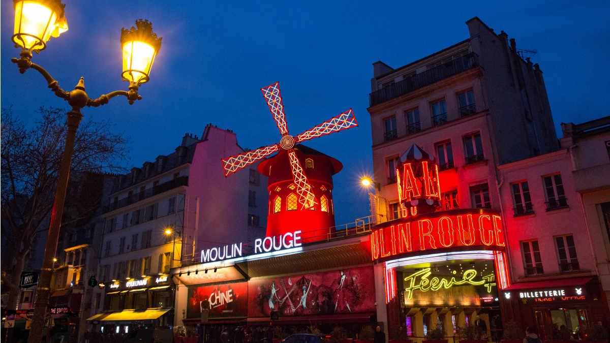 Das Moulin Rouge setzt auf das Sennheiser MobileConnect-System