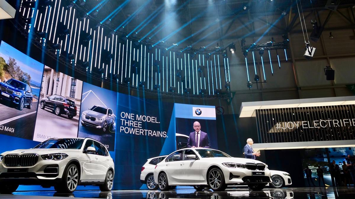 BMW-Messetechnik • Behind the Scenes bei C2 Fachplaner