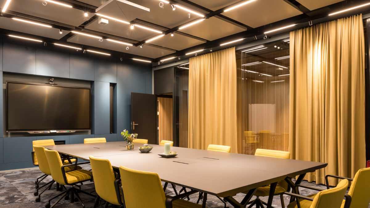 Sennheiser TeamConnect Ceiling 2 in der Coworking Lounge Tessinerplatz Zürich